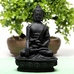 A serene idol of lord Buddha to give a calming sensation to your loved ones. It is perfect to adore the house or send as a gift 6ins