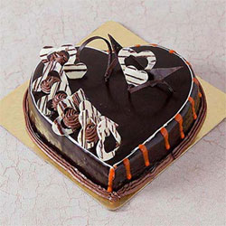 1Kg Heart Shaped Chocolate Cake with Heart Toppings