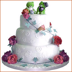 Make a special impression in white. A choice of straw berry chocolate pineapple licious 4 flavours. 4kg Regular Sponge Cake.