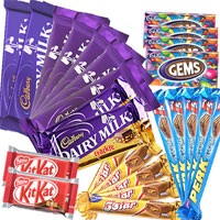 Treat your loved ones with Delicious Assorted 25 Cadbury Chocolates Bars with a Free Greeting Card with your message  Contents:  5 Five star 22 gms each 5 Perk 17 gms each 2 Crackle 42 gms each 4 Gems 2 Fruit & Nut 42 gms each 2 Kitkat 38 gms each 5 Dairy Milk 10 gms each