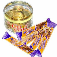 Five bars of 5 star fruit & nut chocolate and a wonderful container possessing Chocolate Coins come together, an exciting taste experience is on the cards
