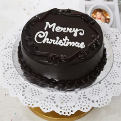Send love and best wishes to your dear ones on Christmas with this delicious half kg chocolate cake