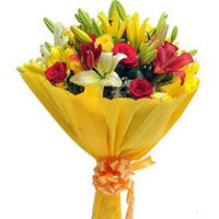 Bouquet of 4 Red Roses, 4 Yellow Roses, 2 Yellow Asiatic Lilies, 2 Red Asiatic Lilies and Seasonal Filler, Flowers to Bangalore