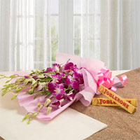 6 Purple Orchids Pink Packing Paper 2 Toblerone Chocolates of 50 grams each