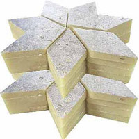 Kaju Katli : Premium sweet made with kaju paste. Weight : 1kg