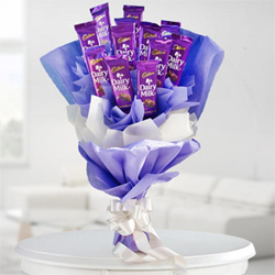 An enticingly yummy product consisting of not 2, not 5, not 10 but a dozen i.e. 12 Cadbury Dairy Milk Chocolates 25g each in a bouquet