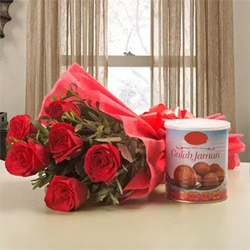 10 Red Rose Red Packing Paper 1 Kg Gulab Jamun for your loved ones and surprise them.