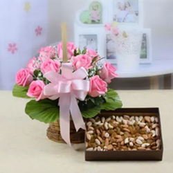 Basket of 10 Pink Roses with 400 gms Assorted Dryfruits