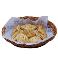 Chicken And Egg Puffs- 10 Pcs Pack Contains 6 Chicken Puffs and 6 Egg Puffs.