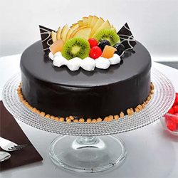 This is an absolutely mouthwatering cake that you can never have enough of. Enriched with the deliciousness of exotic chocolates and the lusciousness of the tropical fruits