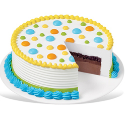 This is a classic - the Vanilla cake which is very delightful white colored cake with subtle flavor, Cakes to Delhi