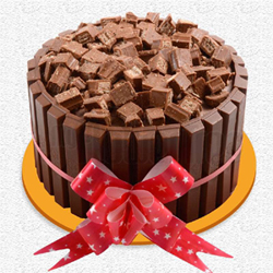 1.5kg Special This KitKat Cake is something that would make anyone smile. It has a soft sponge, intense Chocolate cream and the goodness of crunchy KitKat Chocolate., Cakes to Bangalore