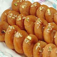 Badhusha: Enjoy the taste of Quantity:1/2kg