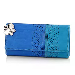 This Blue Wallet A perfect essential for teaming up with any attire for casual parties, getaways or just because! 2 to 3 working days