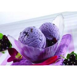 Ice cream Black currant- family pack - 700 ml