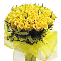 100 Yellow roses Surprise your loved ones in India by sending this 100 Yellow roses bunch , Flowers to Bangalore