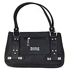 This bag consists of multiple compartments and spacious as well which will allow the lady to carry all her necessities. Send this fascinating bag