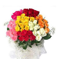 Beautiful 100 mix roses bouquet, Send this beautiful Roses colour may vary as per availability.