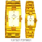 You know a sweet couple who are very much in love and want to gift them something? Or Your parents' Anniversary day or Retirement day is near and you don't know what to gift them? This pair watch from Titan Bandhan Range will be an appropriate gift. A Ladies and a Gents Watch are packed in an attractive box thus making them a suitable gift.<br>  Note : Dial colour might vary according to availability