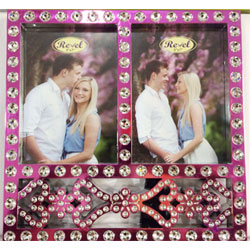 photo frame beautifully stones studded   height : 12inch , widht :10inch <br> Material:- Plastic <br> Color:-pink <br> delivery time : 2 working days