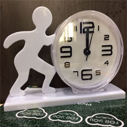 wake up table Clock with alaram from   height : 4inch , widht :6inch <br> Material:- Plastic <br> Color: white colour <br> delivery time : 2 working days