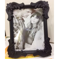 photo frame ( height : 8inch , widht :6inch  Material:- Plastic <br> Color: rose wood colour <br> delivery time : 2 working days