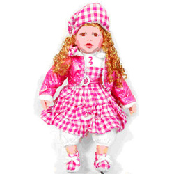 Bewilder your little kids in India with something that she loves the most. This alluring doll looks perfect for those little kids who love playing with doll. This doll looks glamorous in pink. The wavy blond doll with matching dress and shoe looks very cute and lovable.