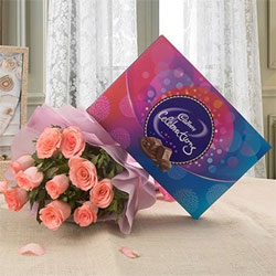 Bouquet of 10 Pink Roses Cadbury Celebrations Chocolate Box - 131.3 grams