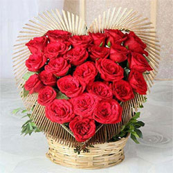 Roses are known as an epitome of love, so why not gift a huge set of 25 red roses to your loved one.