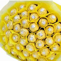 96 Pcs Ferrero Rocher chocolates arranged in a bouquet that will surprise anyone!